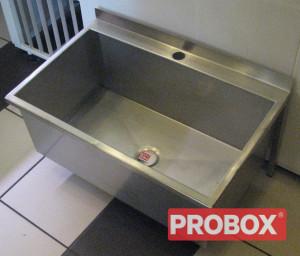 Duża umywalka / basen - mocowana do ściany wg wymiarów Klienta