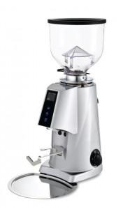 Automatyczny młynek do kawy F4 E NANO